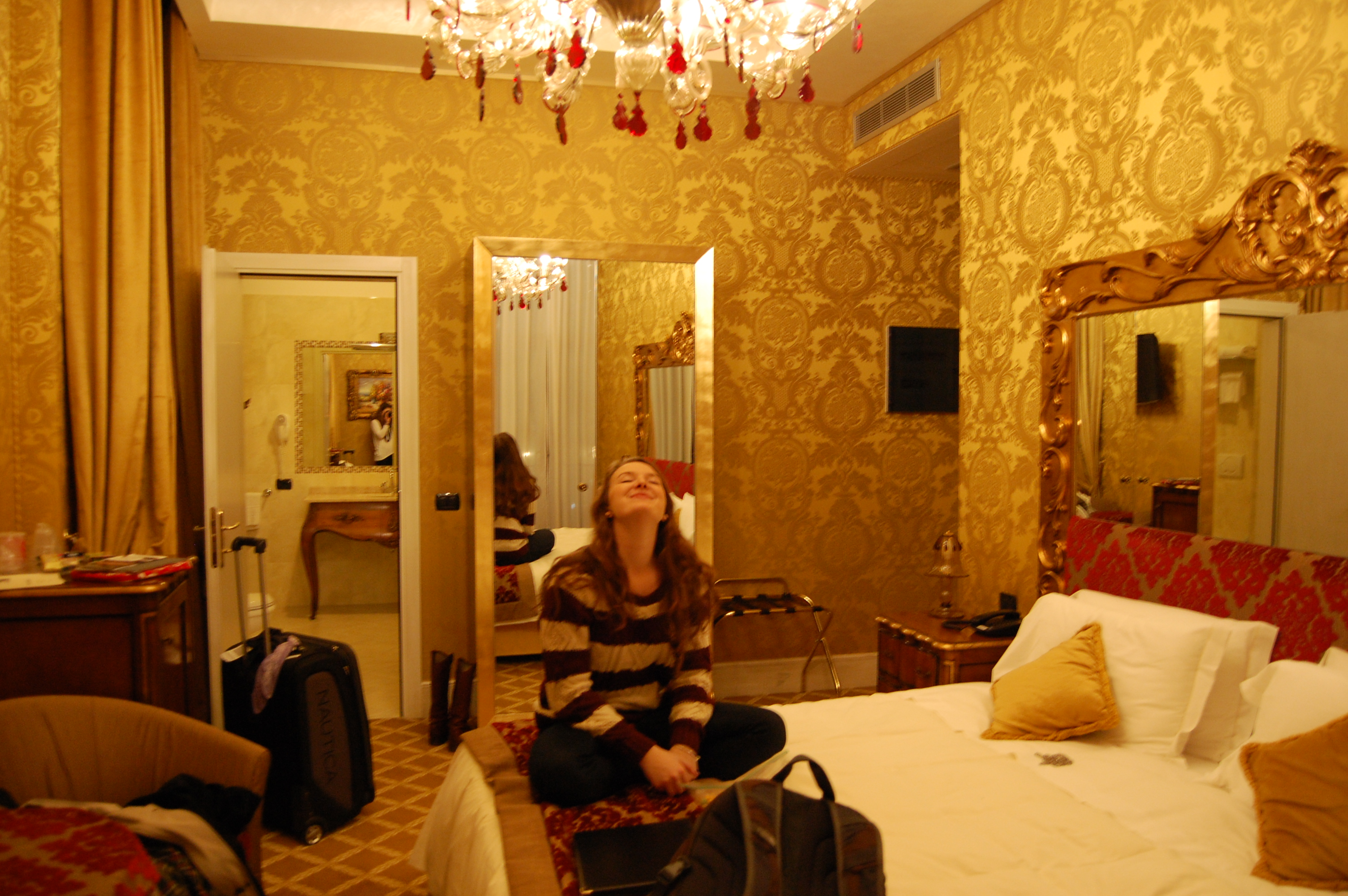 Pesaro Palace hotel room