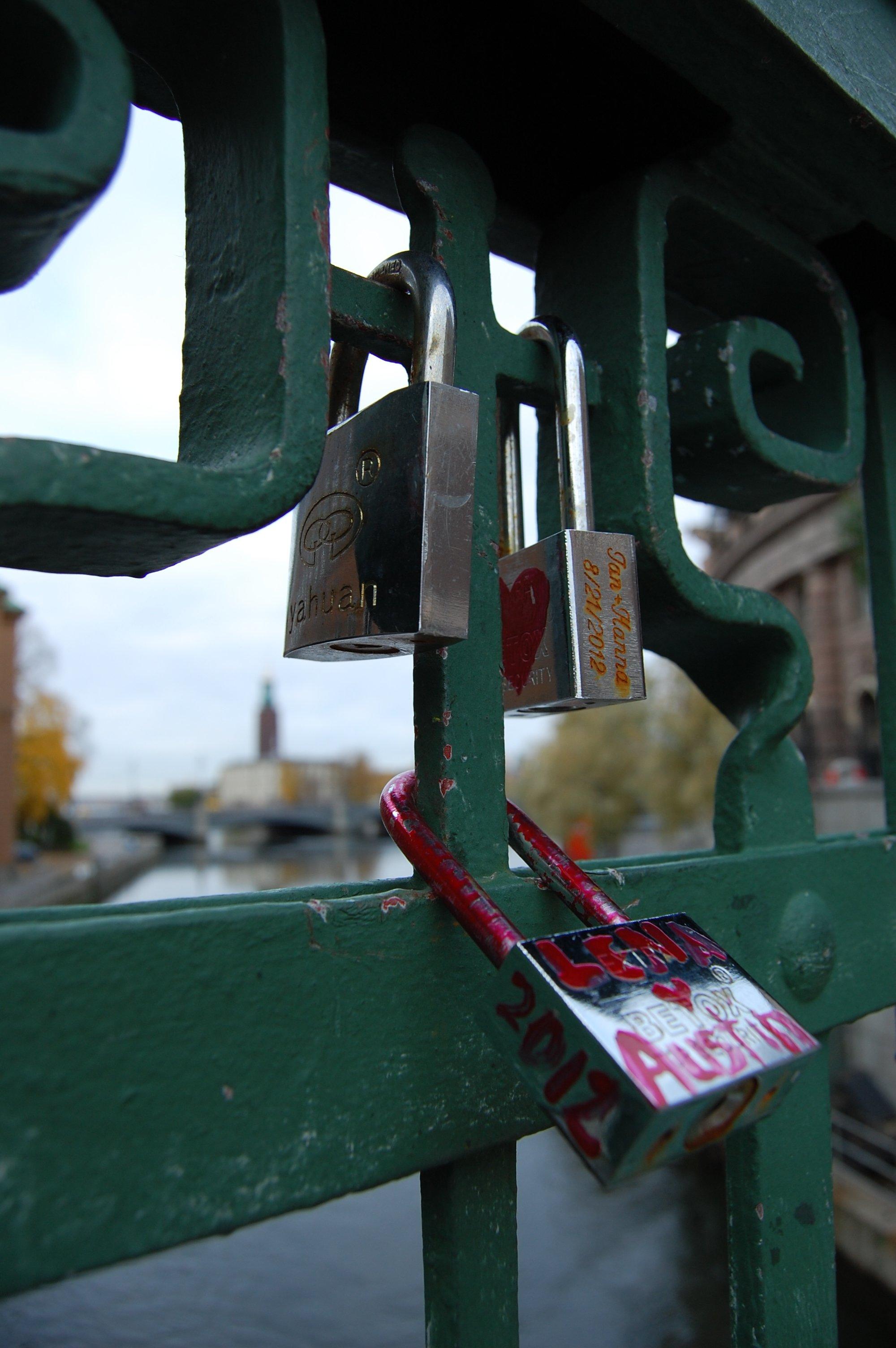 stockholm_oldcityhunt_locks2